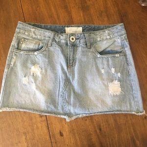 Maurices Distressed Light Denim Skirt Size 7/8